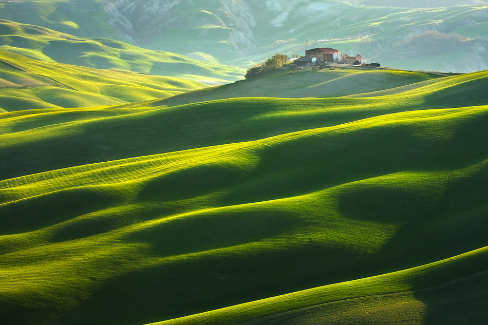 House on the Hill (Tuscany) by Marcin